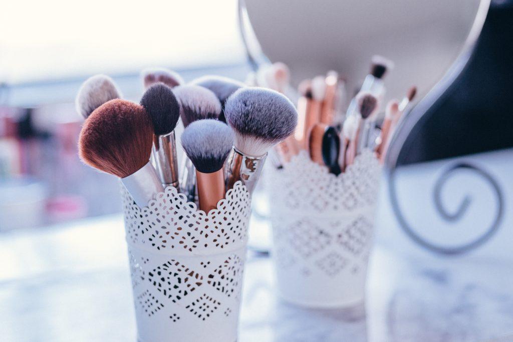 Comment choisir sa marque de maquillage ?